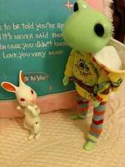 Hi there! What's the matter little one? You're new here aren't you? Are you lost? What's your name? I'm Jossie, nice to meet you! (onion.bunny) Tags: