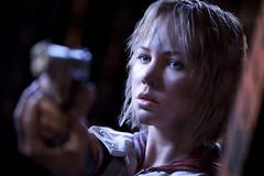 110309(2) - 3D立體真人版電影《沉默之丘 Silent Hill: Revelation》從7日正式開鏡,首張【原始高解析度】劇照出爐!