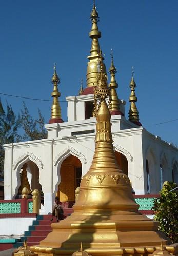 Pathein-Paya Settayaw (3)