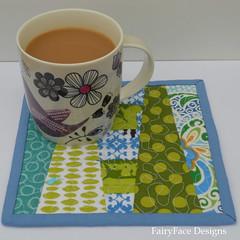 Mug rug with mug