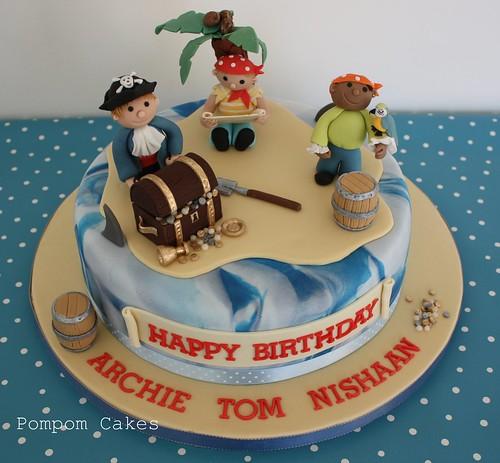 Тортики в виде пирата фото