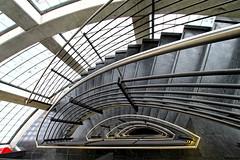 Nautilurban (Bulsti) Tags: glass airport stair steel hamburg deep sigma wideangle down treppe hh flughafen 1020mm glas beton stahl 10mm weitwinkel tief fluchtpunkt