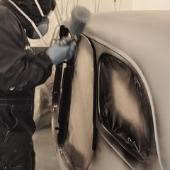 Details II (bent inge) Tags: classic norway painting norge paint garage norwegen 1954 citroën painter bil veteran norvege rogaland verksted restauration veteranbil restaurering citroëntractionavant lakk lakkering grunning 11commerciale lakkarbeid