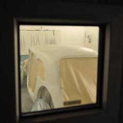 Ready for painting (bent inge) Tags: classic norway painting norge paint garage norwegen 1954 citron painter bil veteran norvege rogaland verksted restauration veteranbil restaurering citrontractionavant lakk lakkering grunning 11commerciale lakkarbeid