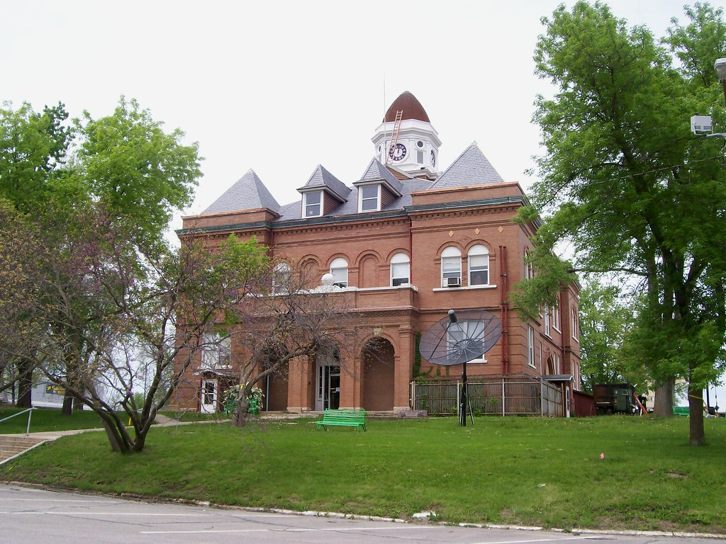 Worth County Courthouse (Grant City MO)