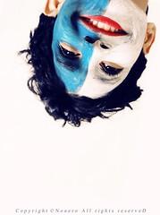 """بس لا شفتك انا تنقلب عندي الدنيا """" حبتين """" :ppp (NOURA - alshaya ♔) Tags: face canon flickr d down iso smiley 500 non upside noura 2011 فليكر ابتسامه nony ابتسم نورا ازرق احمر نوره ابيض نوني مقلوب يبتسم وجهه شقلبه نويروا nouero متشقلب"""