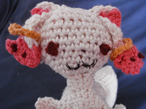 Kyubey stares into your soul. Cute demonic amigurumi from Madoka Magica