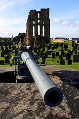IMG_1736 (smiscandlon) Tags: colour castle cemetery graveyard battery cannon artillery tynemouth priory