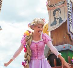 Rapunzel (Andy.Sabis) Tags: photography princess disney parade waltdisneyworld rider rapunzel magickingdom flynn tangled disneyprincess ruffians ruffian flynnrider magickingdompark snugglyduckling festivaloffantasy
