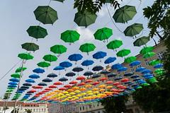 Umbrellas (maxst001) Tags: 18bezirk 2016ayearinpicures 2016yip frallewieneryipmembers platz schirm vienna365