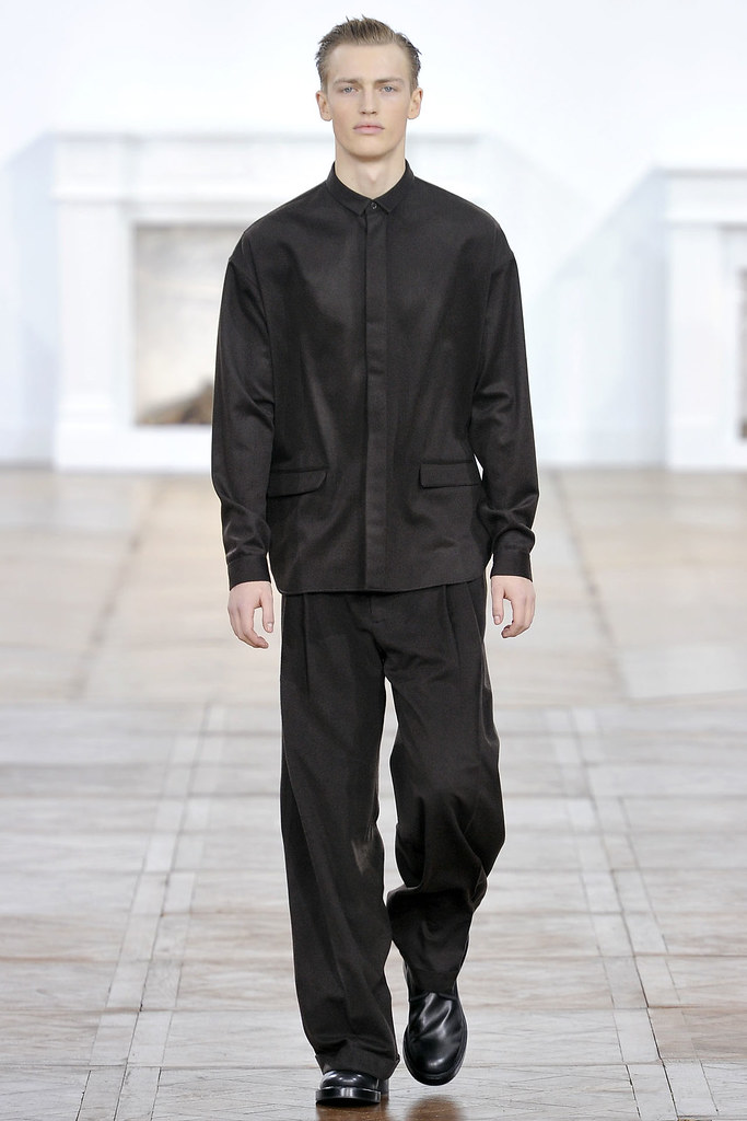 FW11_Paris_Dior Homme001_Victor Nylander(VOGUEcom)