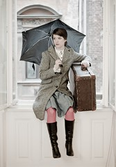 Mary Poppins is ready to leave (katacha) Tags: portrait umbrella canon luggage marypoppins westwind selfpicture poppins portr eserny brnd nportr katacha