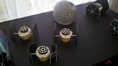 cupcake TIE Advanced defends the Death Star