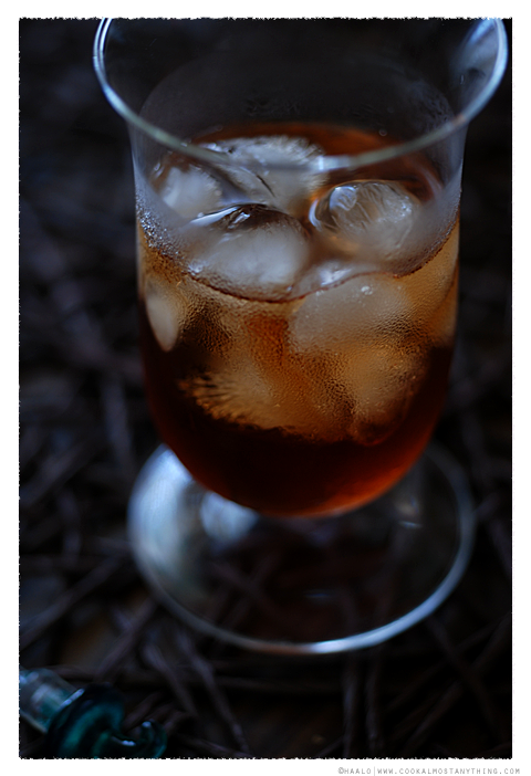 Gin and Dubonnet© by Haalo