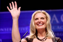 Ann Romney Claims Poverty In Early Years, Says Desk was a Door Propped Up on Sawhorses