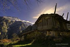 (Rawlways) Tags: asturias ponga hórreo losbeyos biamon horru colondres beyuscu vivolines perdílacasaelhorruyeleru