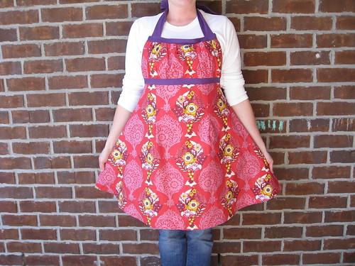 Emmaline apron side 1, UGHS