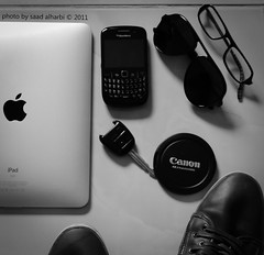 (Saad Albalhi) Tags: apple canon glasses saad ipad  balckberry saadalharbi