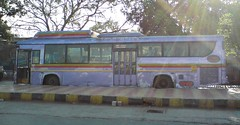 Ugly duckling (Akshay buses) Tags: india best maharashtra cerita cng kinglong mulund as700