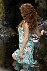 La nymphea (yanfolio) Tags: portrait sexy wanda glamour eau robe top femme violet vert rivire mauve blanche numa runion rousse charme yannick pleinair  courbes langevin runionnaise yanfolio
