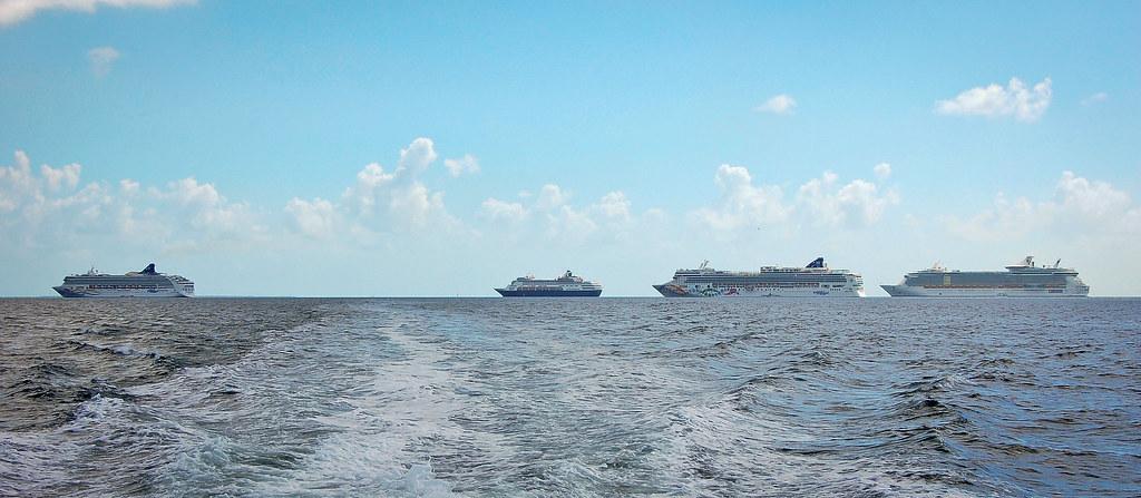 Belize_Ships