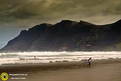 Lanzarote_3_0002 (Juan The Fly Factory) Tags: sun beach de fly spain surf factory juan wave lanzarote playa canarias ola famara perezfajardo