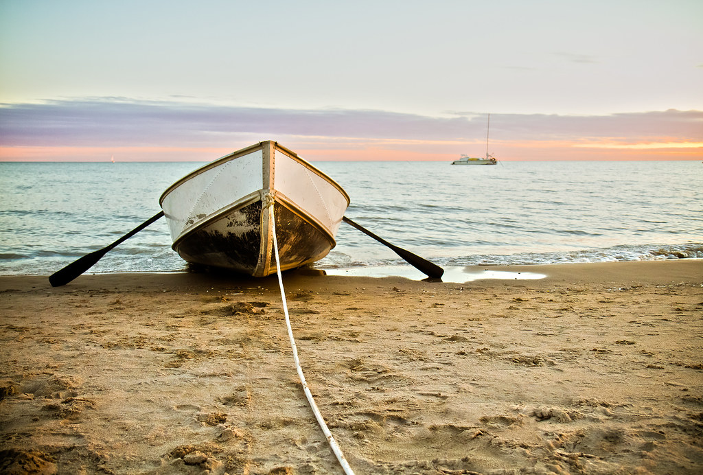 Boat tied up at Port Stanley Main Beach