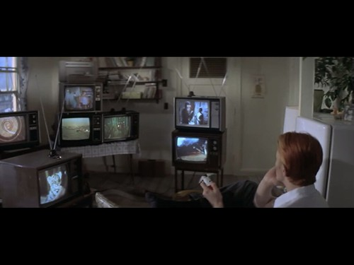 screens in the man who fell to earth