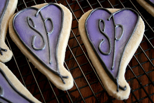 Smashing Pumpkins logo cookies.