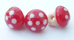 Buttons Mushrooms (Glittering Prize - Trudi) Tags: uk glass beads trudi lampwork sra glitteringprize fhfteam britlamp thgg