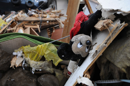 Doll found in the debris in Ofunato,