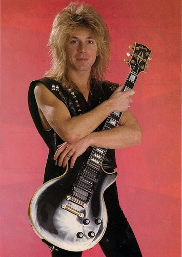 Randy Rhoads (Photo by John Livzey)0001