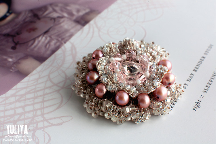 brooch Sparkle