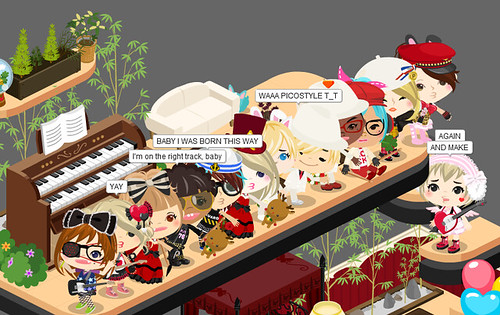 Sєxqυιѕιтє threw a party for Picostyle writers