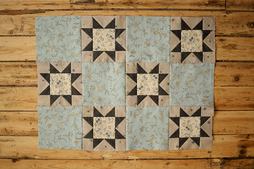 Karyn's Quilt Sampler : Sawtooth Stars