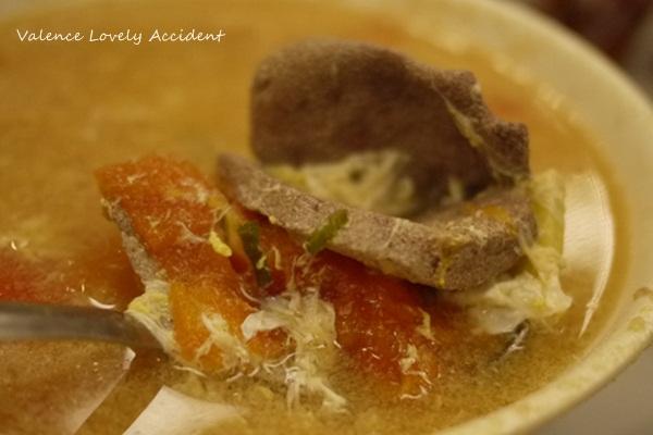 東寶小館_番茄豬潤蛋花湯