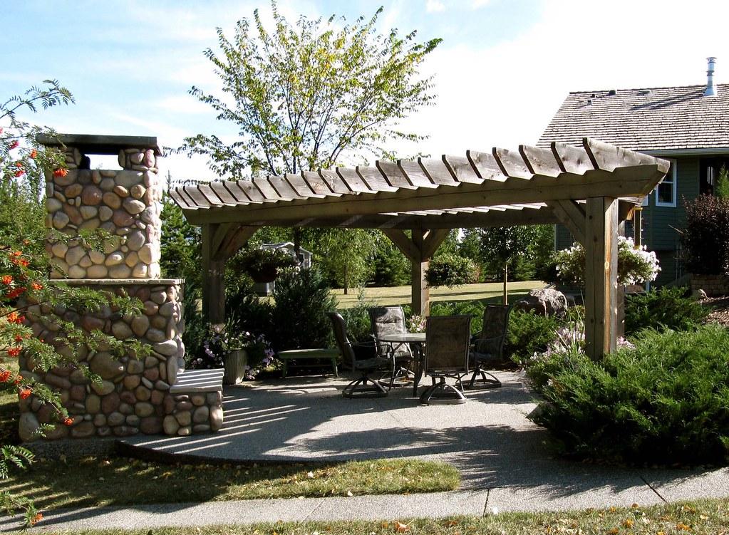 The perfect backyard getaway
