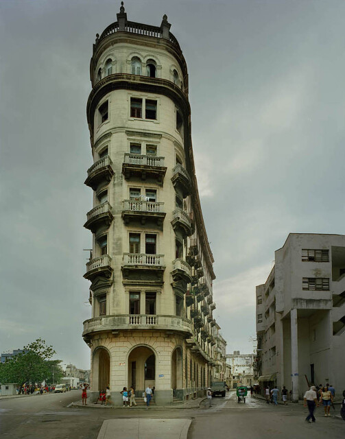 Michael Eastman, Flat Iron Building, Havana