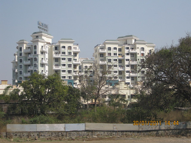Visit to Pristine Pacific - 1 BHK & 2 BHK Flats in Datta-Nagar, Ambegaon Budruk - Katraj, Pune 411 046 - Relicon Garden Grove, neighbor