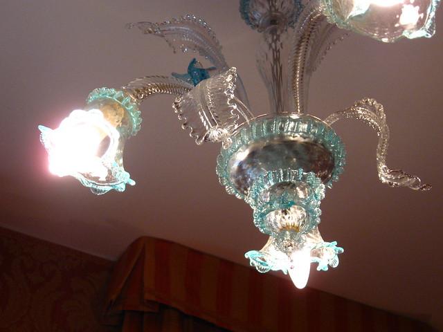 ホテルの照明のフリー写真素材