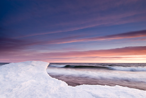 Frozen Surf