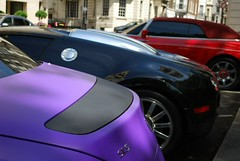 SLS, Veyron and Phantom Drophead. (Richard T Smith) Tags: family london hotel bahrain al dubai purple royal arab rolls phantom thani abu dhabi bugatti dorchester royce matte qatar supercars combo veyron 555 444 drophead hypercar mercedesslsamg   bugattiveyronrollsroycephantomdropheadthedorchesterhotelparklanemattepurplelondonsupercarsarabqatarbahrainroyalfamilycombohypercardubaiabudhabi