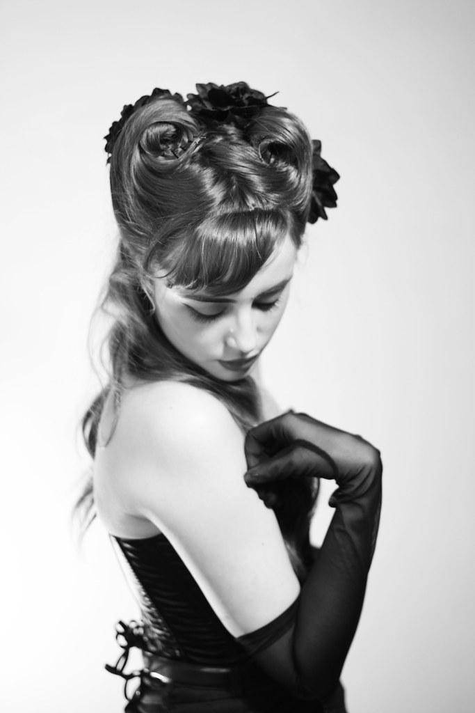 Louise Ebel Pandora <!:fr>Amado Mio.<!:><!:en>Amado Mio.<!:>