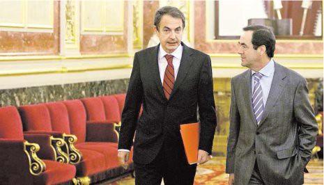 11b17 ABC Foto Ignacio Gil P y Bono en el Congreso