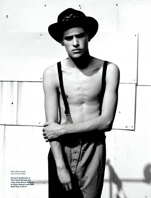 Alex Smith0039_Attitude magazine_Ph  Stephen Burridge(Fashionisto)