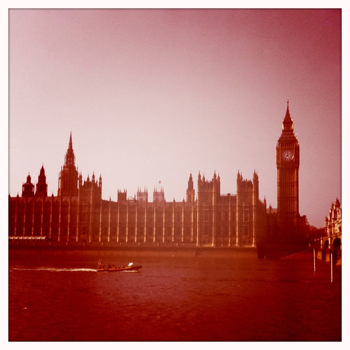 <span>londra</span>Westminster<br><br>Il parlamento<p class='tag'>tag:<br/>londra | cultura | luoghi | </p>