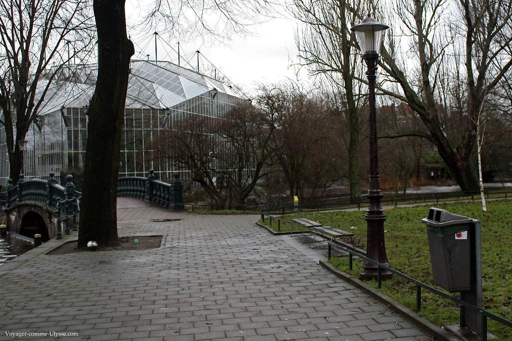 Lampadaires du Hortus Botanicus, le jardin botanique