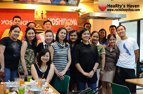 yoshinoya group picture