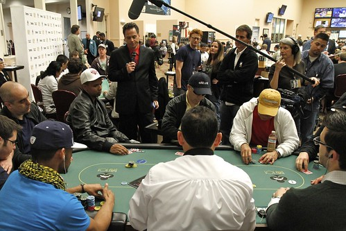 6291 Phil Ivey Moves All In