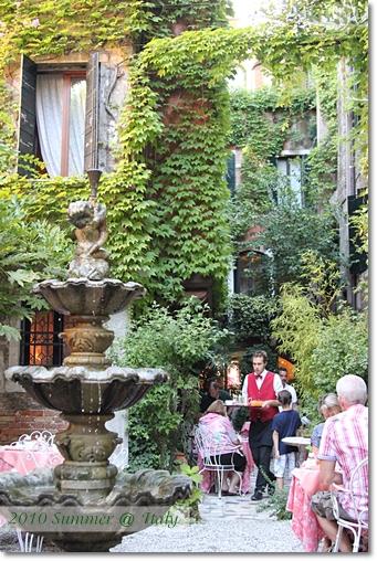 2010-08-16 10-02-43 Day9 Venice_0006 f